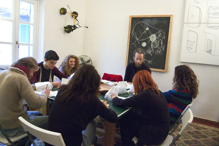 Fupete Fupete laboratorio disegno gennaio2013 01 720 Arte a casa nostra   workshop report 19 Gennaio