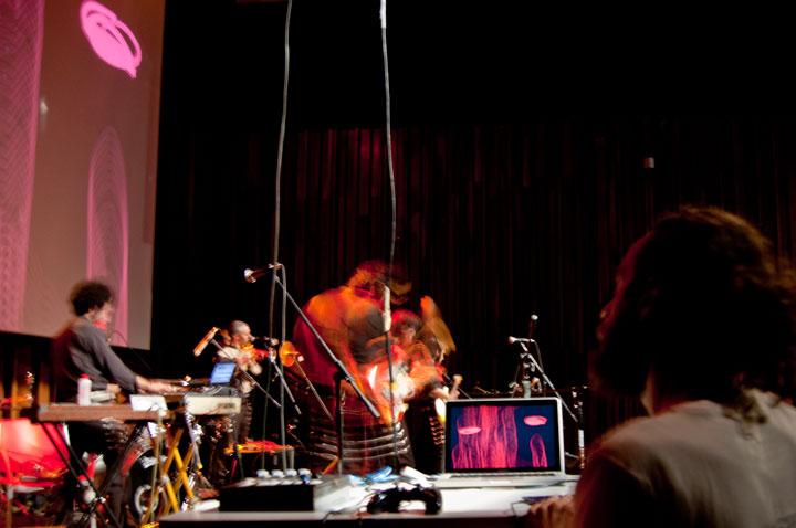 Fupete Fupete TwinTones CCEMX 2012 15 Twin Tones 2012